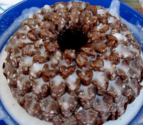 Vanilla Choc0late Glaze Bundt Cake
