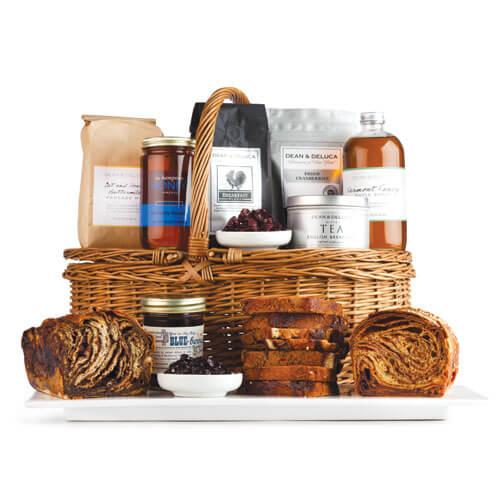 DEAN & DELUCA gift basket - MyUntangledLife.com