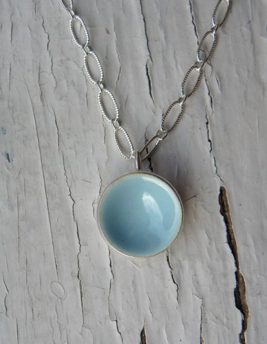 kob-snow dot necklace