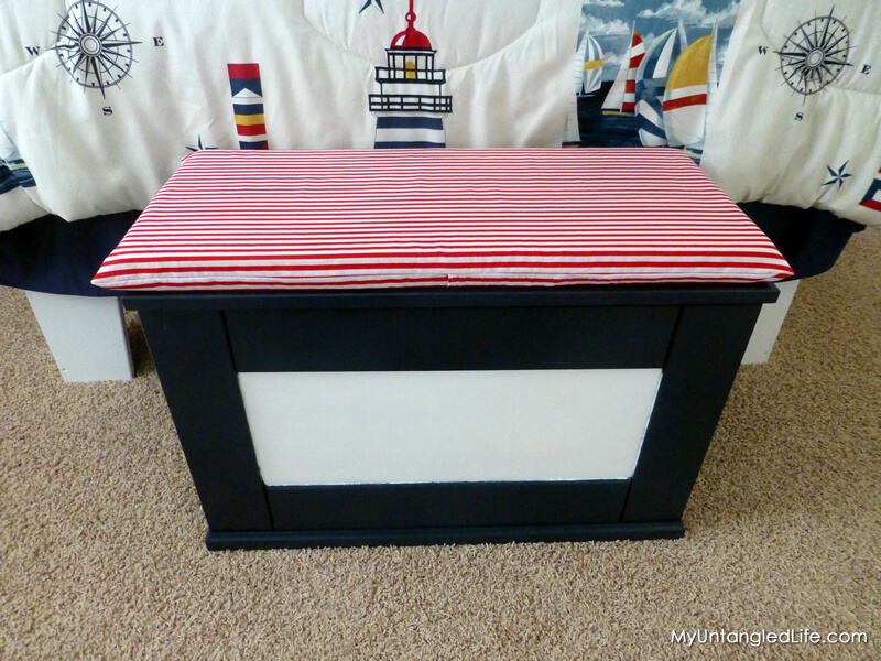 #DIY Envelope Pillow Cover with Bench