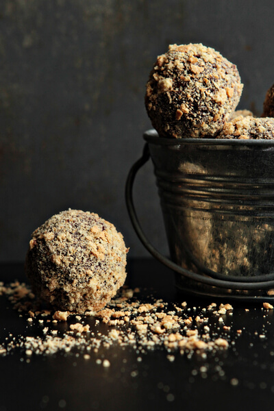 National S'mores Day Recipes | Smores Truffles