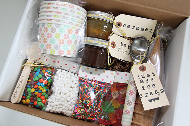 Ice Cream Sundae in a Box - A Fantastic Gift Idea!